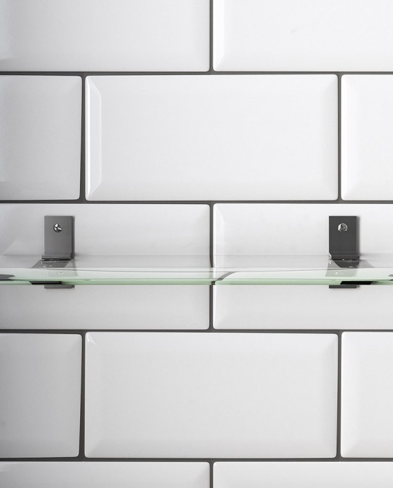 Bathroom-glas-shelf_small